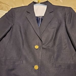 Linen blazer with gold buttons